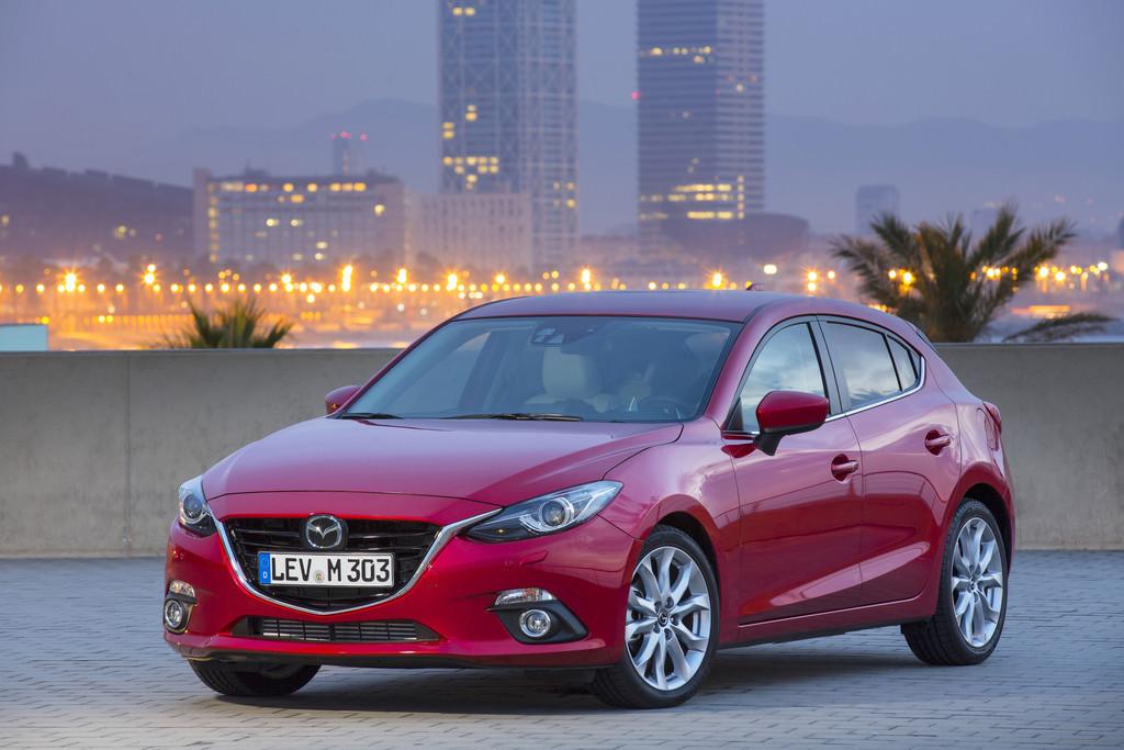Der aktuelle Mazda 3 in rot