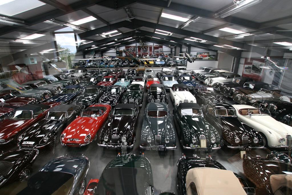 Die James-Hull-Collection mit seltenen Jaguar