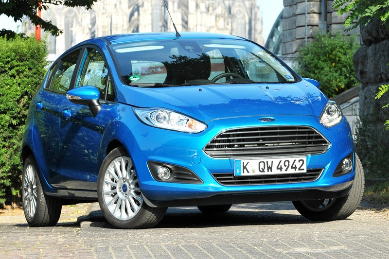 Der aktuelle Ford Fiesta in Blau Metallic