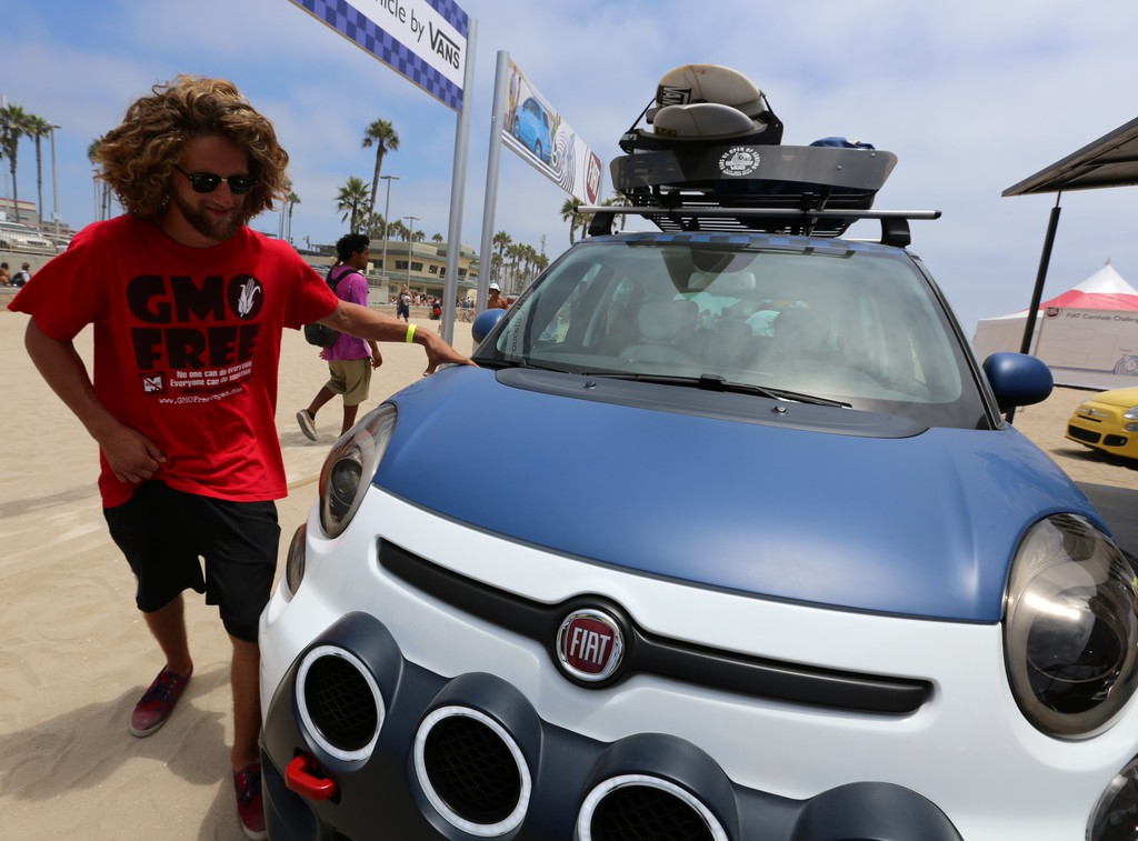 Fiat 500L Vans in Huntington Beach in Kalifornien