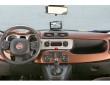 Das Armaturenbrett des kleinen SUVs Fiat Panda Cross