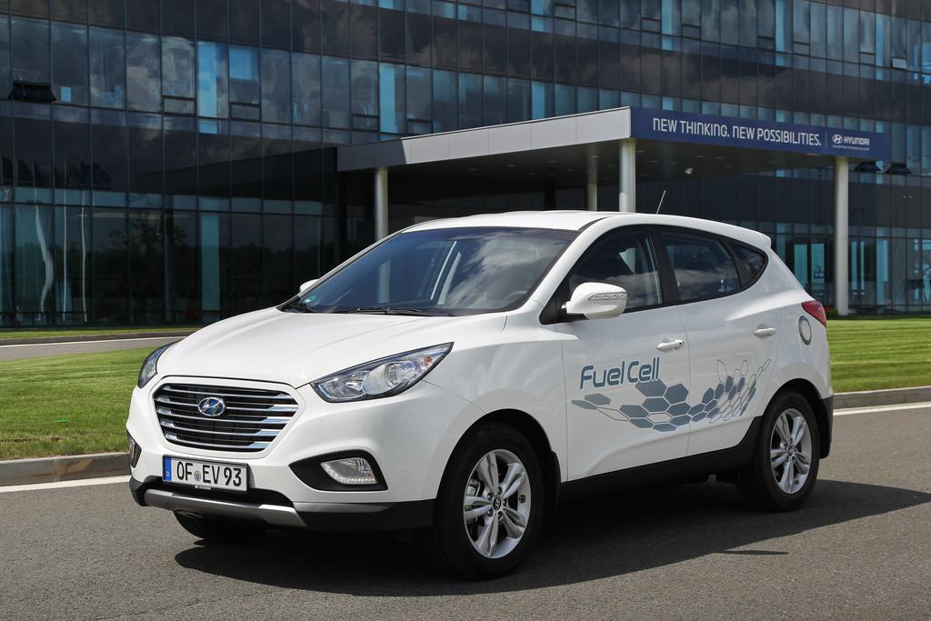 Wasserstofffahrzeug Hyundai ix35 Fuel Cell in weiß