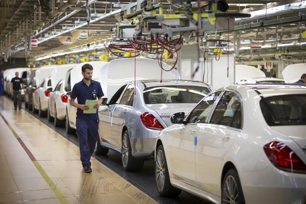 Die Mercedes S-Klasse Produktion im Mercedes-Benz Werk Sindelfingen