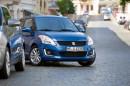 Der neue Suzuki Swift Comfort Eco plus beim Parken