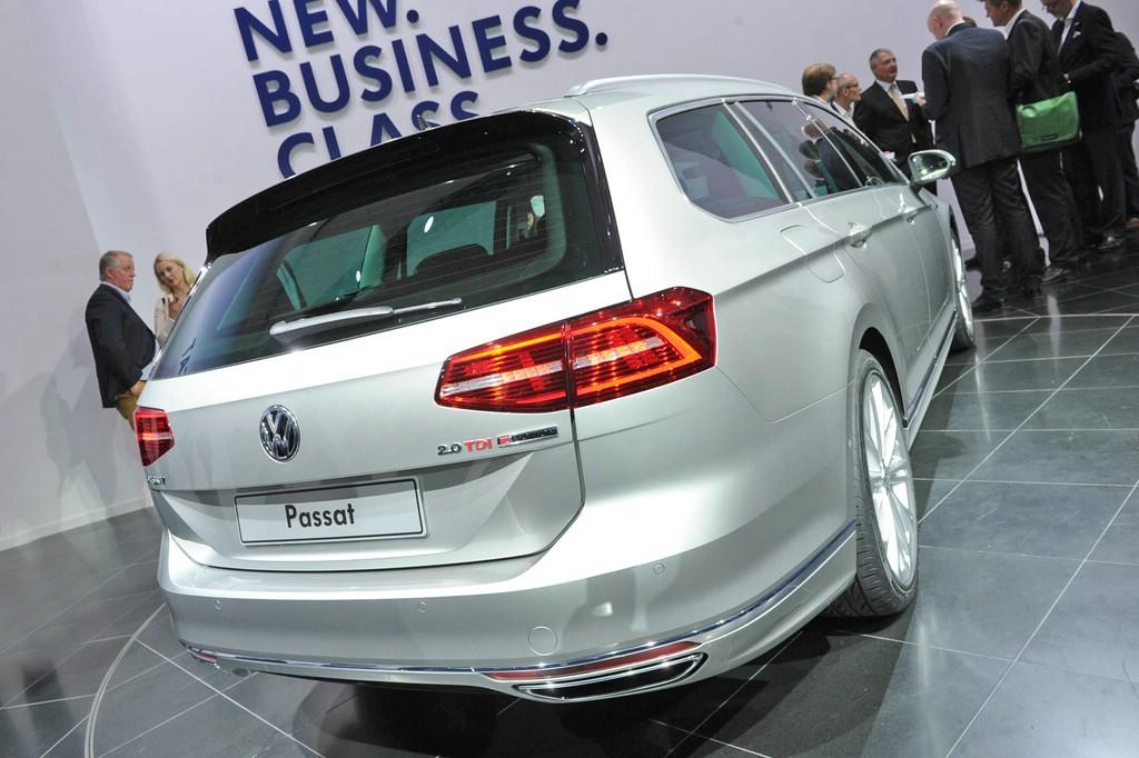 2015 VW Passat Variant 2.0 TDI 4Motion in silber