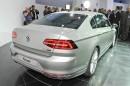 Die achte Generation des Volkswagen Passat in der Heckansicht