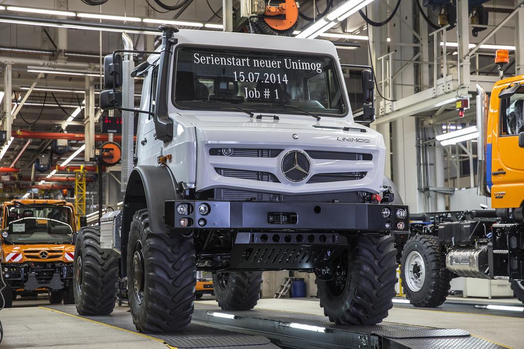 Produktionsstart des neuen hochgeländegängigen Unimog im Mercedes-Benz-Werk Wörth