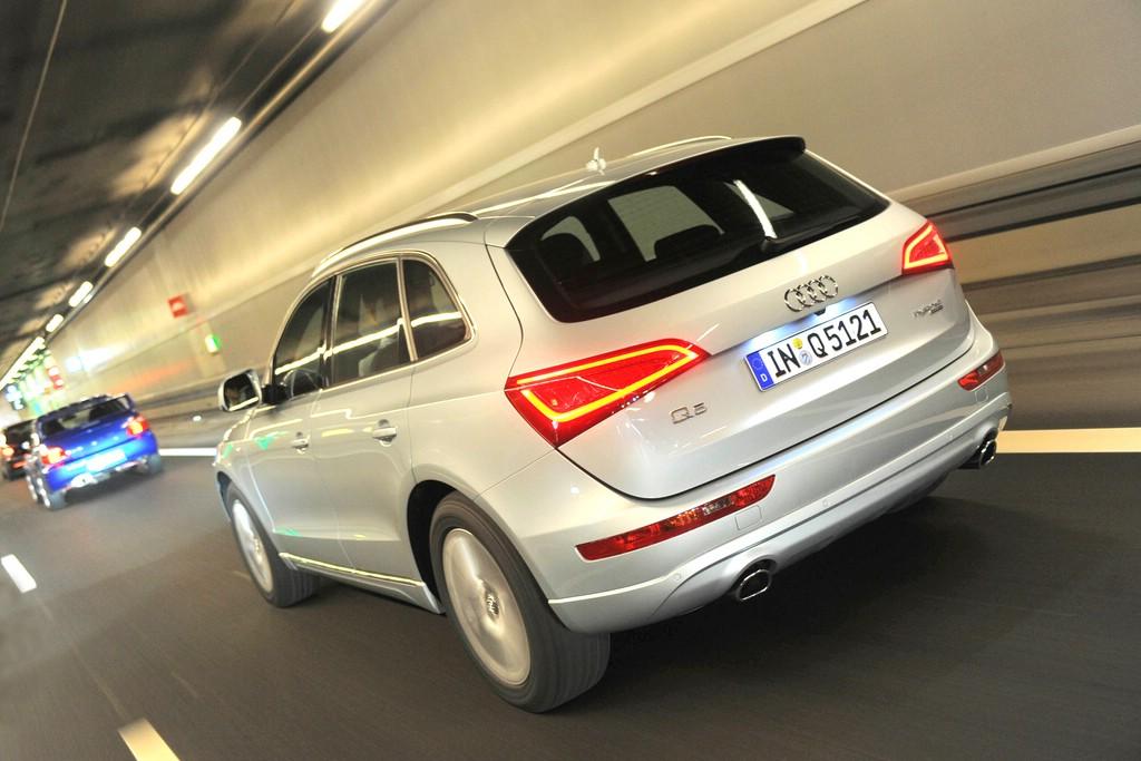 Im Tunnel unterwegs : Der Audi Q5 2.0 TDI clean diesel quattro