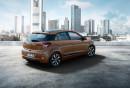 Hyundai i20 2015er Modell in der Heckansicht