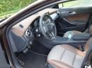 Die Vordersitze des Mercedes-Benz GLA Edition 1 in Leder