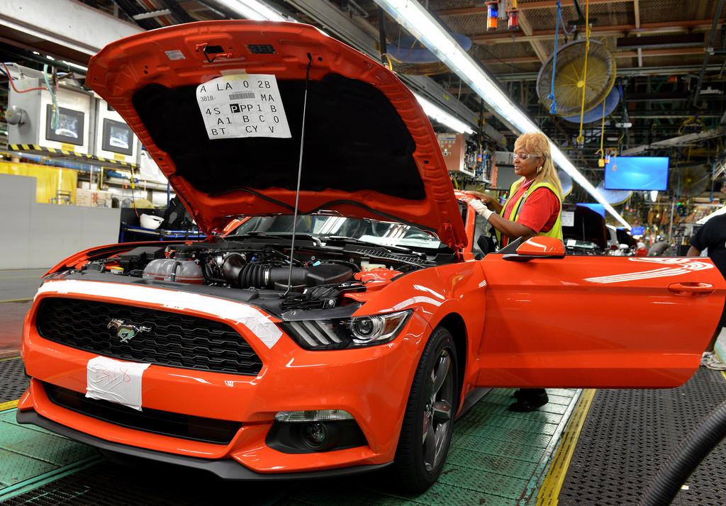 Ford Mustang 2015 bei der Produktion im Ford-Werk in Flat Rock