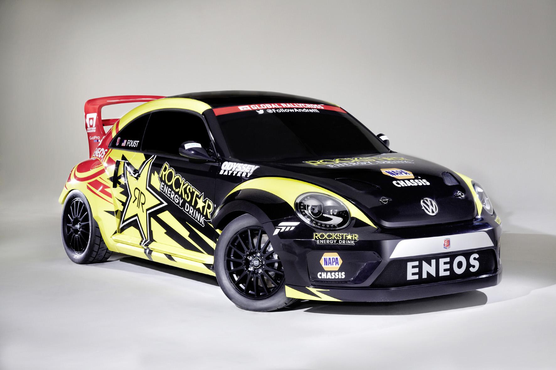 Beetle in Schwarz/Gelb mit 412 kW/560 PS