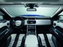 Der luxuriöse Innenraum des Range Rover Sport SVR