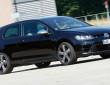 Der 300 PS starke Volkswagen Golf R in schwarz