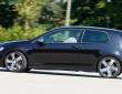 Der neue Volkswagen Golf R 2015 mit Allradantrieb in der Seitenansicht