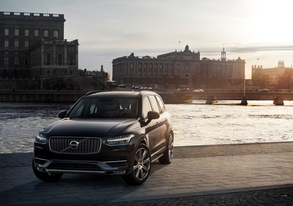 Die Frontpartie des 2015er Volvo XC90 First Edition