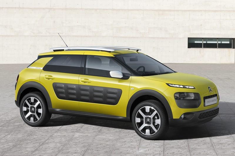 Der neue Citroën C4 Cactus startet mit Zugabe einer 4-Jahres-Garantie.