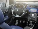 Das Cockpit des Citroen DS3 e-HDi 90 Automatic Cabrio
