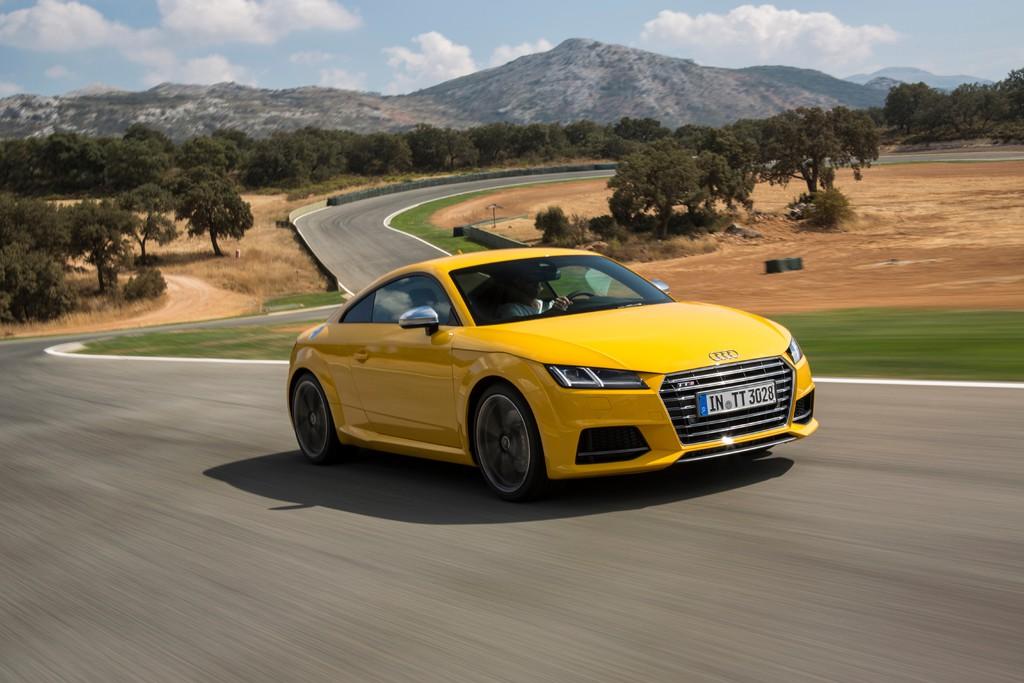 Fahren mit einem 310 PS starken Audi TTS 2.0 TFSI Quattro