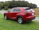 Seiten und Heckpartie des Kompakt-SUV Lexus NX300h E-Four Luxury