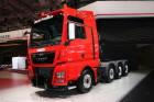 Roter MAN TGX 41.640 auf der IAA Nutzfahrzeuge 2014