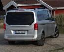 Die Heckpartie des neuen Vans Mercedes-Benz V220 CDI