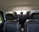Viel Platz für Passagiere und Gepäck im Mercedes-Benz V220 CDI