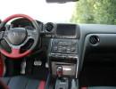Lenkrad, Mittelkonsole, Armaturenbrett des Nissan GT-R