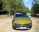 Der 115 PS starke Mini Crossover Opel Adam Rocks in der Frontansicht