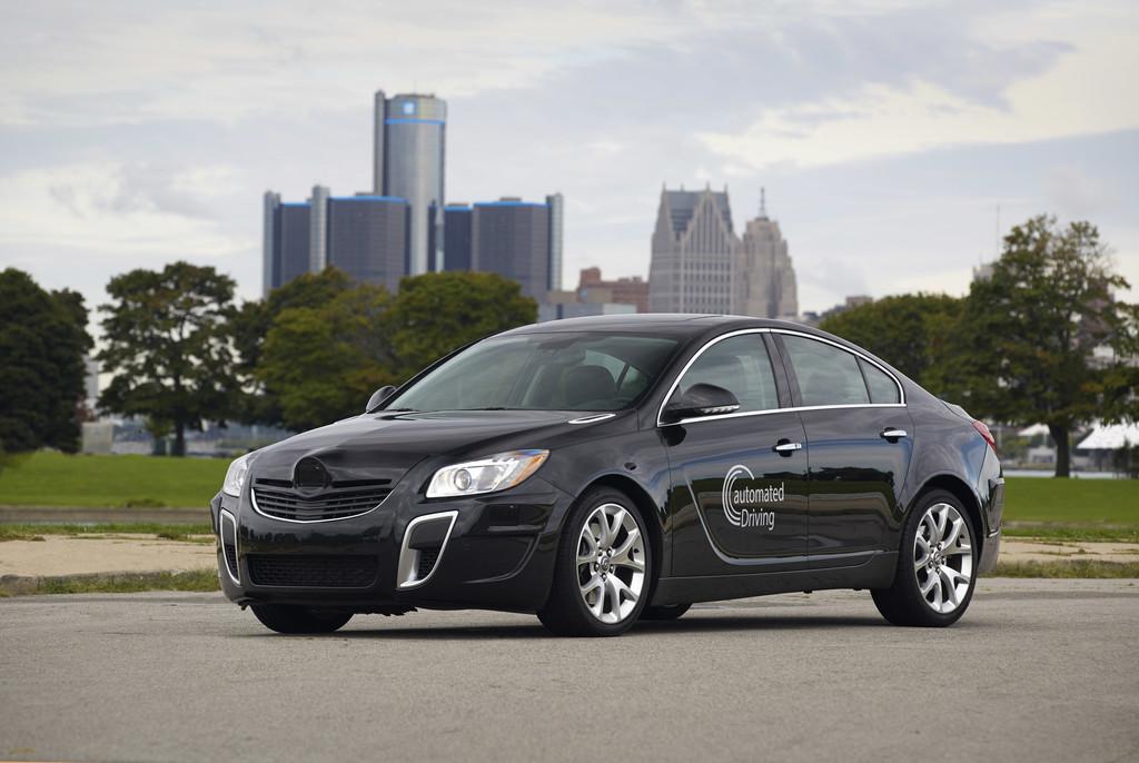 Autonomes Fahren mit dem aktuellen Opel Insignia