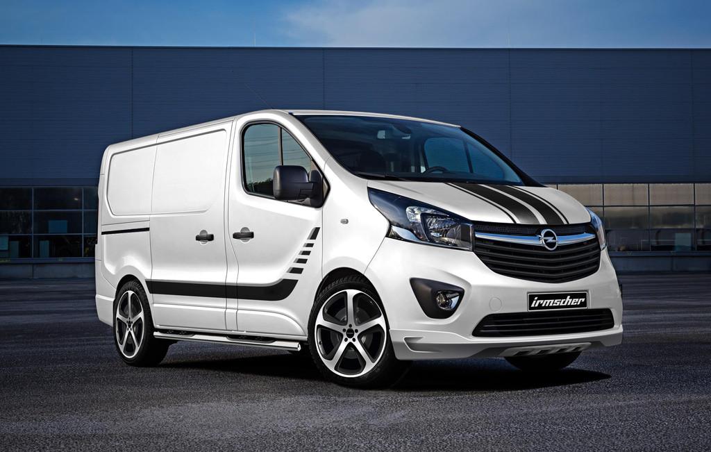 2015er Opel Vivaro mit Zubehör von Irmscher