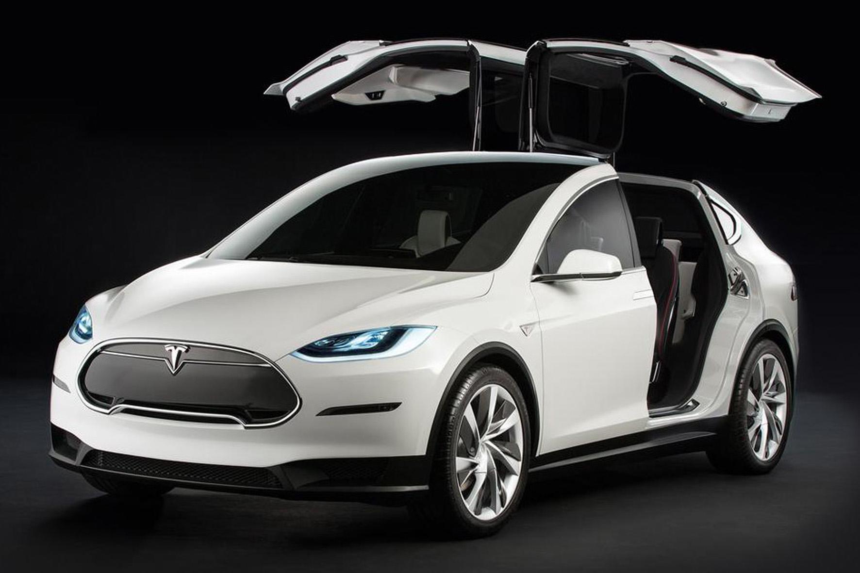 Die Tesla-X-Interessenten müssen sich noch auf unbestimmte Zeit weiter gedulden.