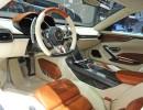 Sportlich geht es zu im Konzeptauto Lamborghini Asterion LPI 910-4