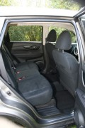 Der Rücksitzbank des Nissan X-Trail