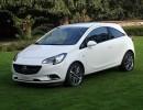 weißer Opel Corsa E Standaufnahme