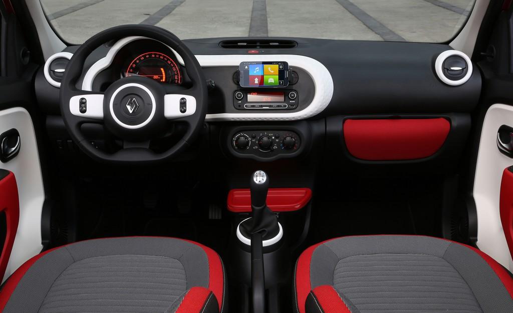 Galerie: Renault Twingo 3 Innenraum | Bilder und Fotos