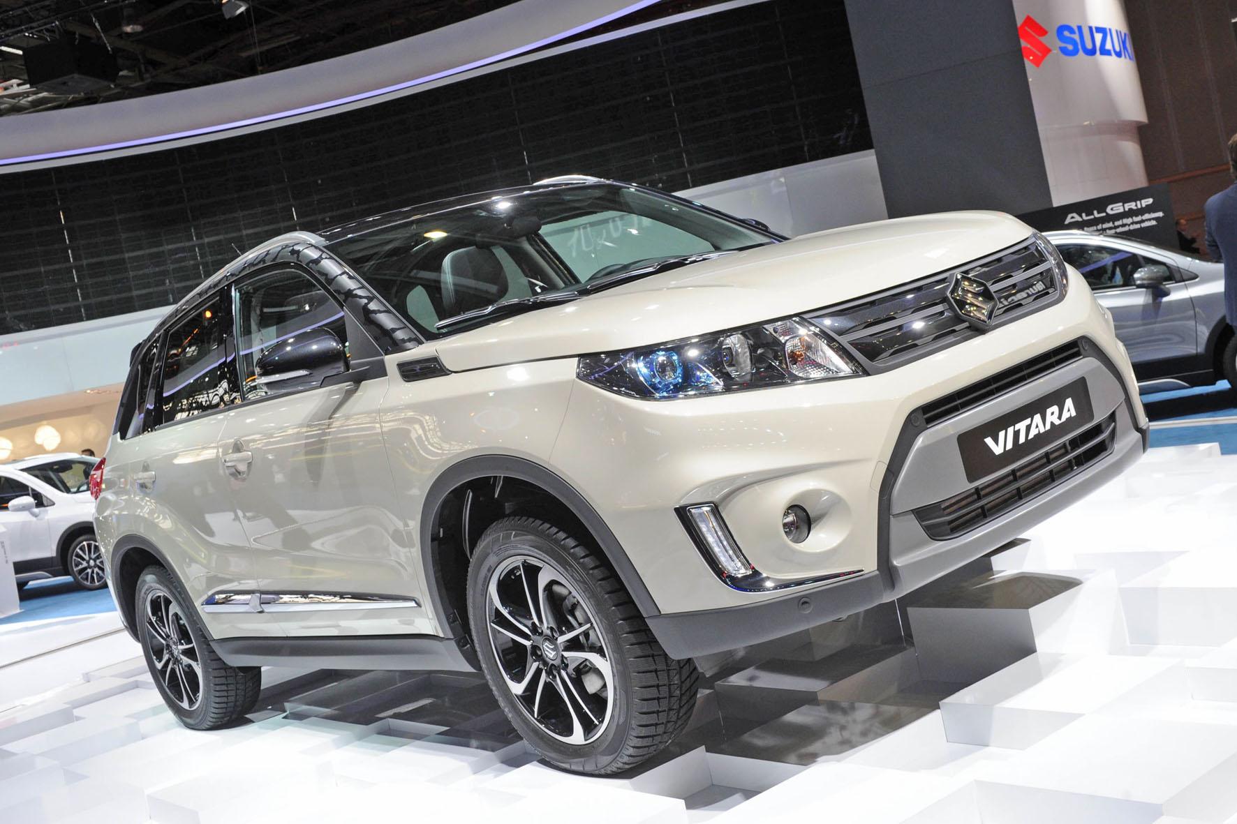 Die Serienversion des 2015er Suzuki Vitara auf der Paris Motor Show 2014