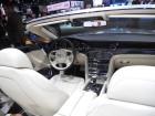 Bentley Grand Convertible mit weißen Ledersitzen