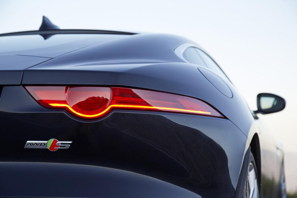 Jaguar F Type Coupe >> Allradantrieb und Handschaltung für Jaguar F-Type 2015