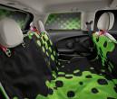 Mini mit Multifunktionsdecke Vivid Green und Sonnenschutz Vivid Green.