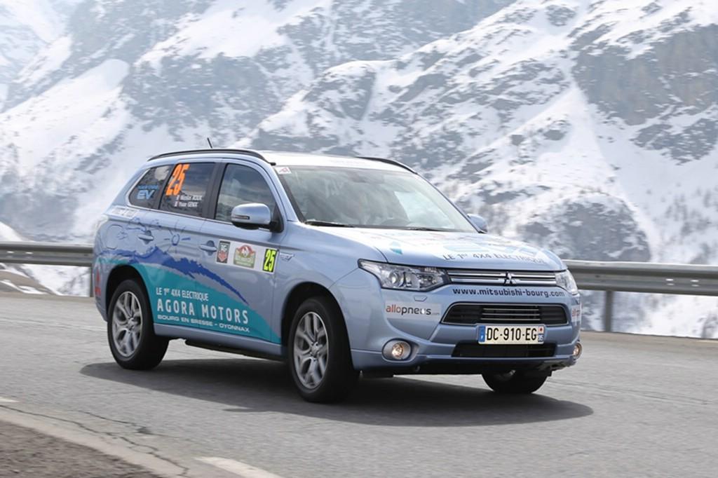 SUV Mitsubishi Outlander ist Europas Nr. 1 der Elektrofahrzeuge