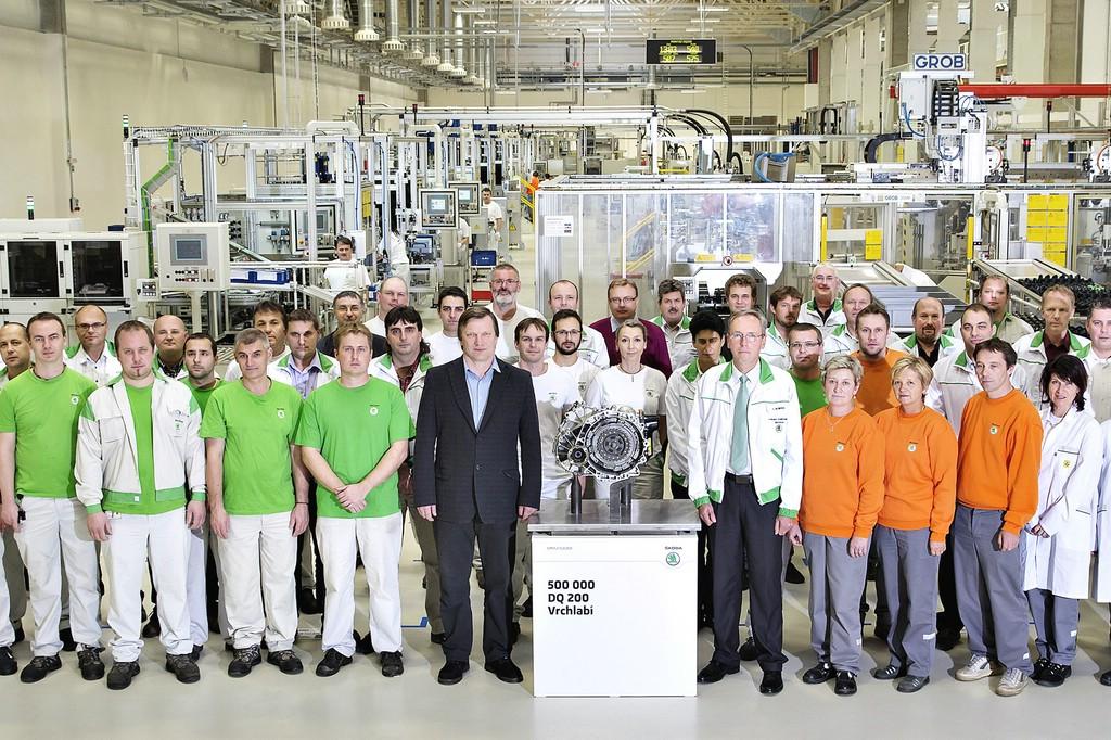 1000 Mitarbeiter fertigen im Škoda-Werk Vrchlabí täglich etwa 1500 DSG-Getriebe