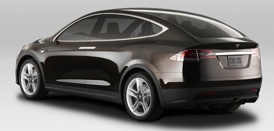 Elektroauto Tesla Model X in schwarz