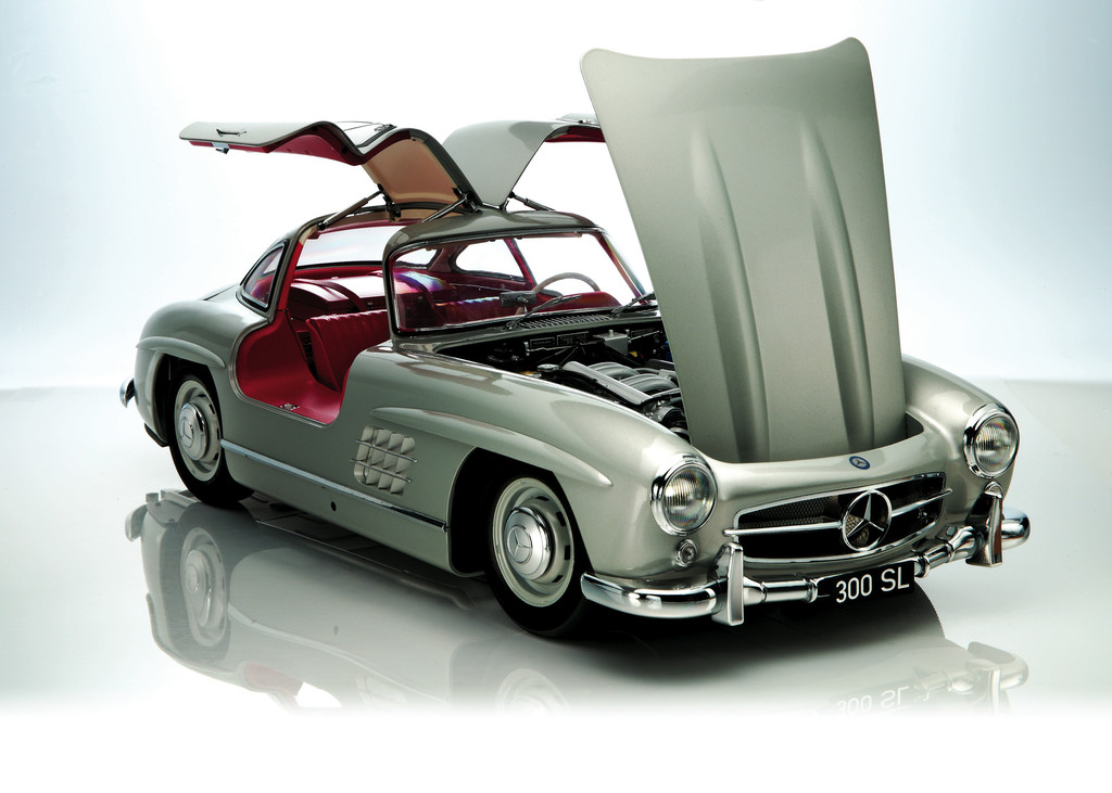 mercedes 300 sl leider nur im ma stab 1 8. Black Bedroom Furniture Sets. Home Design Ideas