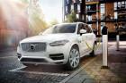 Volvo XC90 T8 Twin Engine: Bei 16 Ampere ist die Batterie in 2,5 Stunden wieder voll und reicht dann für mehr als 40 Kilometer rein elektrisches Fahren.