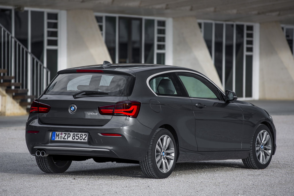 bmw 1er facelift 2015 fotos und infos. Black Bedroom Furniture Sets. Home Design Ideas