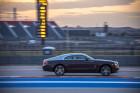 Rolls-Royce Wraith auf Rennstrecke