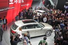 Audi Q7 e-tron quattro auf der Auto Shanghai