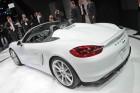 weißer Porsche Boxster Spyder