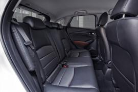 Mazda CX-3 Fond